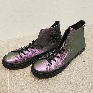 NWT Converse, leather, black and violet iridescent